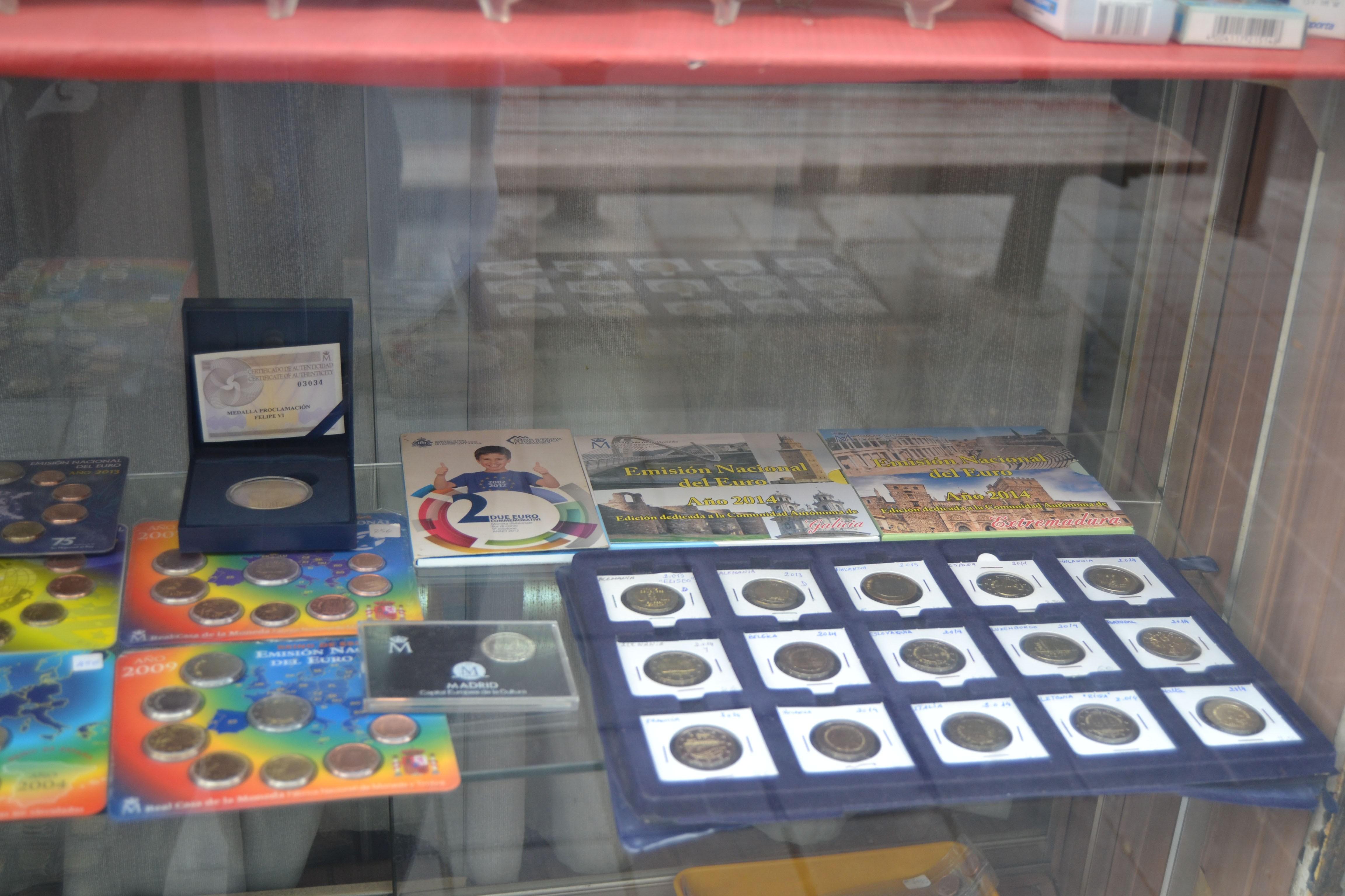 numismatica-numisval-vitrina2
